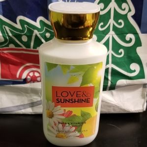 Bath and Body Works Lotion Love and Sunshine